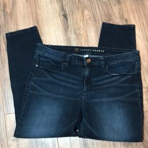 Lauren Conrad. Capri Jeans. Size 14